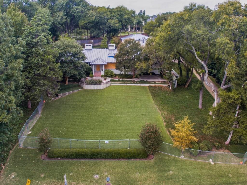 $2,000,000 - 4Br/6Ba -  for Sale in Currin Wood No 2, Dallas