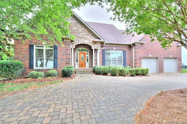 $1,350,000 - 5Br/3Ba -  for Sale in Tega Cay, Tega Cay