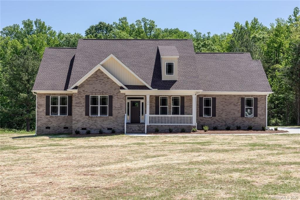 $489,500 - 4Br/3Ba - for Sale in Brookshire Woods, Clover