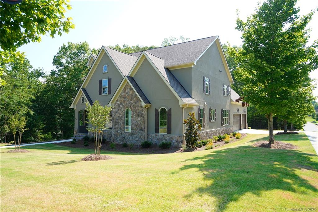 $725,000 - 4Br/4Ba -  for Sale in Montreux, Charlotte