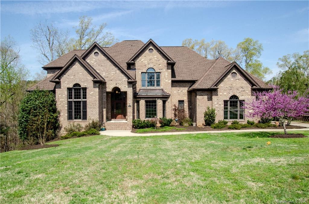 $1,025,000 - 4Br/5Ba - for Sale in Masons Crossing, Lake Wylie