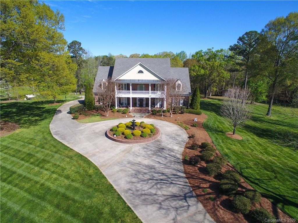 $1,595,000 - 5Br/5Ba - for Sale in None, York