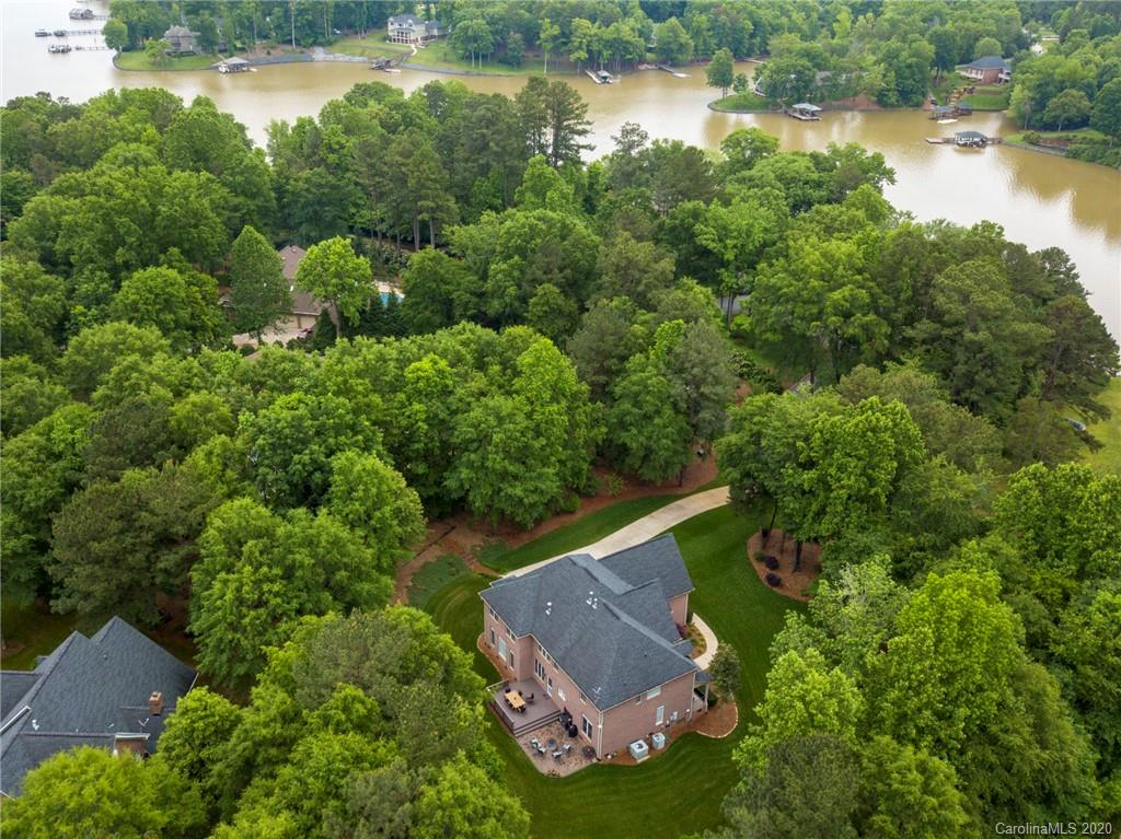 $625,000 - 5Br/5Ba -  for Sale in The Coves, Lake Wylie