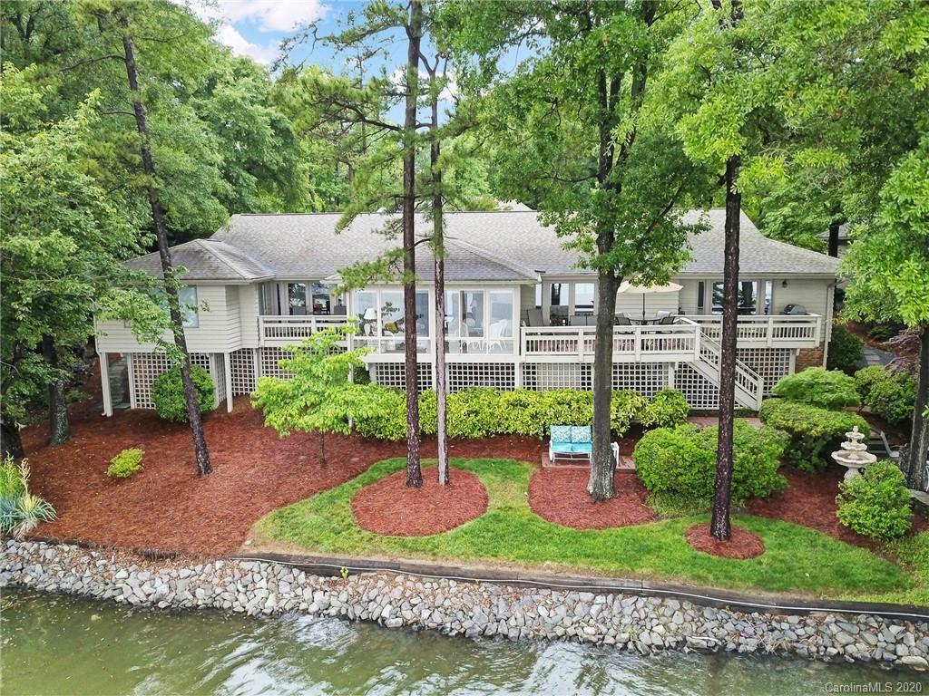 $1,275,000 - 4Br/4Ba - for Sale in River Hills, Lake Wylie