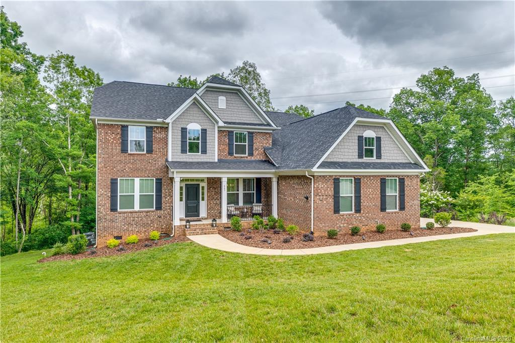 $625,000 - 5Br/4Ba - for Sale in The Retreat At Sunset Ridge, Lake Wylie