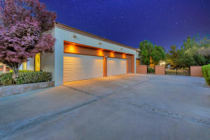 $1,350,000 - 6Br/8Ba -  for Sale in Willow Bend, El Paso