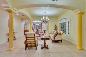 $659,999 - 5Br/7Ba -  for Sale in Emerald Springs Retreat, Horizon City