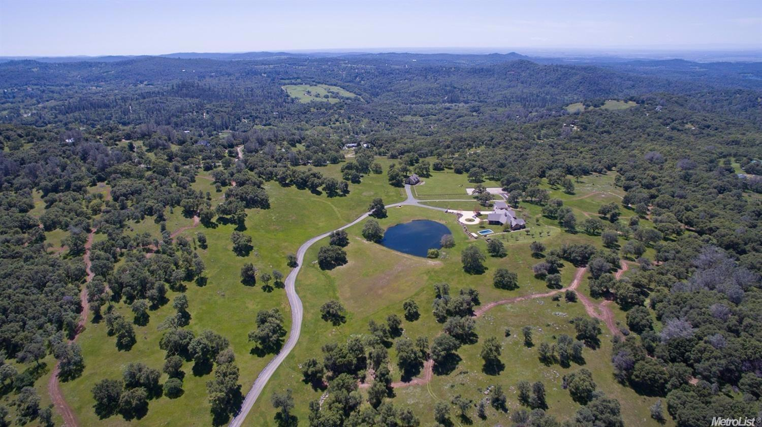$2,899,000 - 4Br/5Ba -  for Sale in Grass Valley