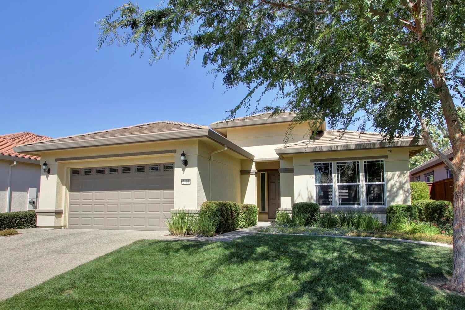 Homes For Sale In The Club At WestPark By Del Webb