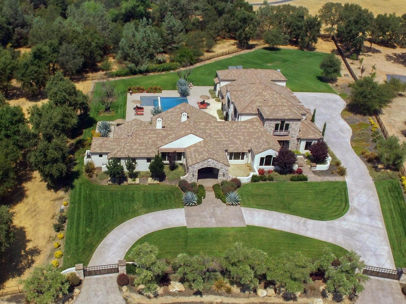 $3,099,000 - 6Br/7Ba -  for Sale in Loomis