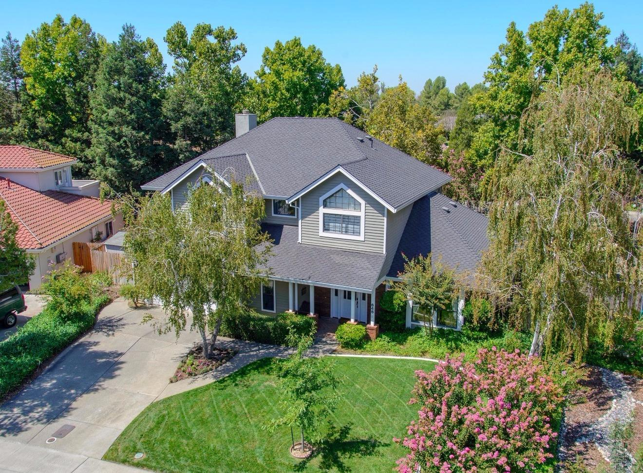 $999,999 - 4Br/3Ba -  for Sale in Northstar, Davis