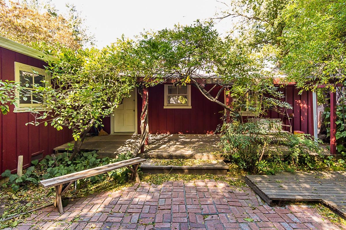 $599,000 - 3Br/2Ba -  for Sale in Wray's Addition, Davis