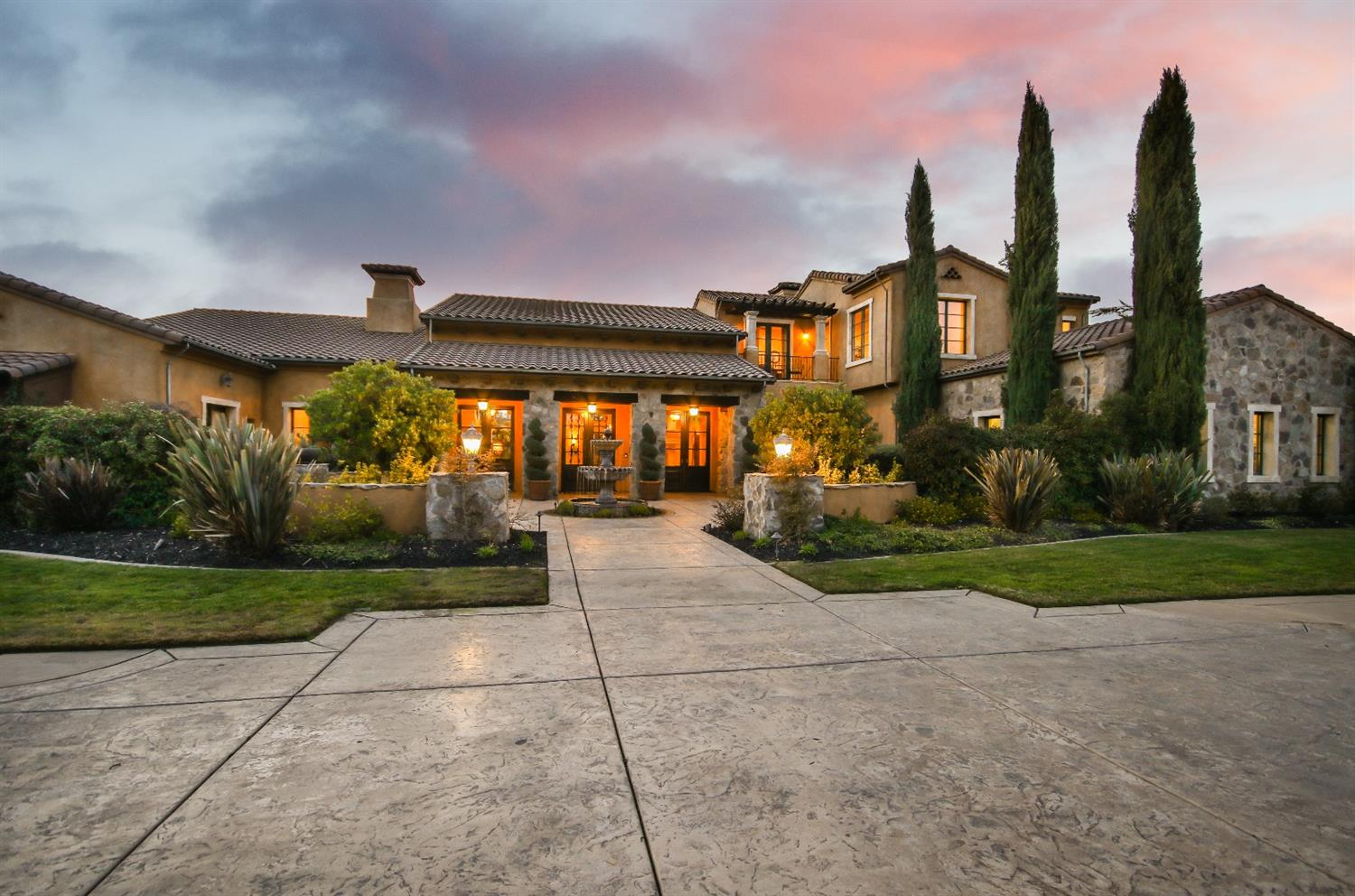 $3,899,000 - 5Br/7Ba -  for Sale in Bellaa Terra, Granite Bay