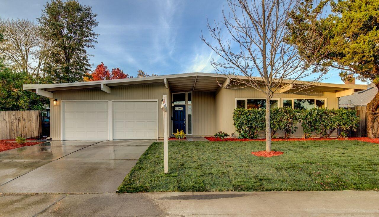 $624,900 - 3Br/2Ba -  for Sale in Ivy Town North, Davis