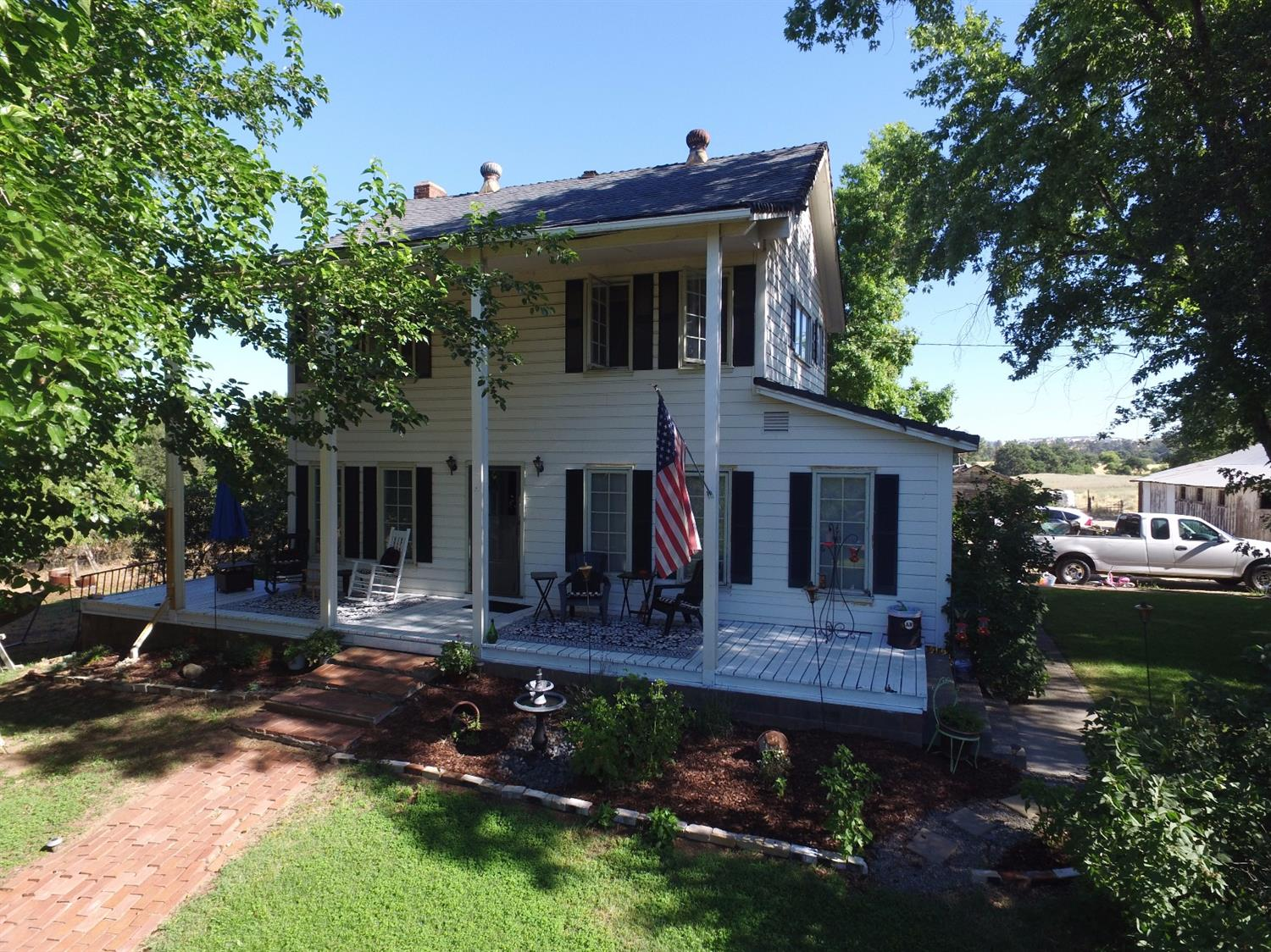 $2,640,000 - 4Br/2Ba -  for Sale in Lincoln