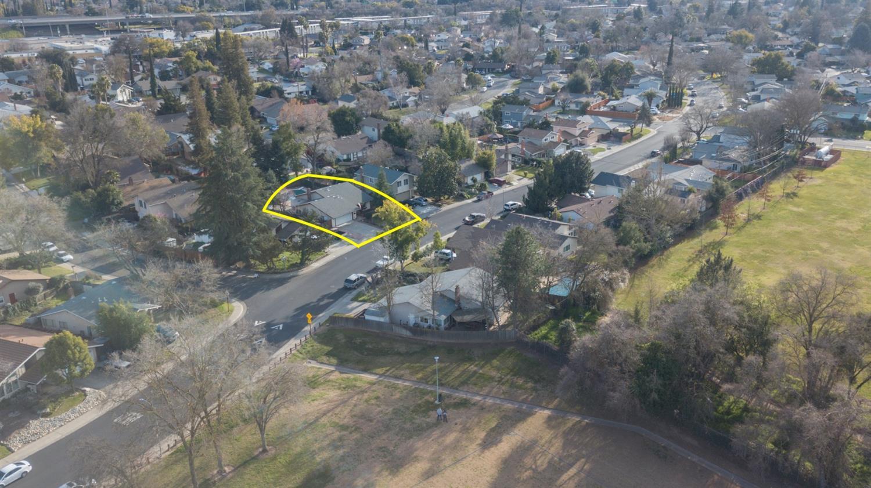 $415,000 - 4Br/2Ba -  for Sale in Sacramento