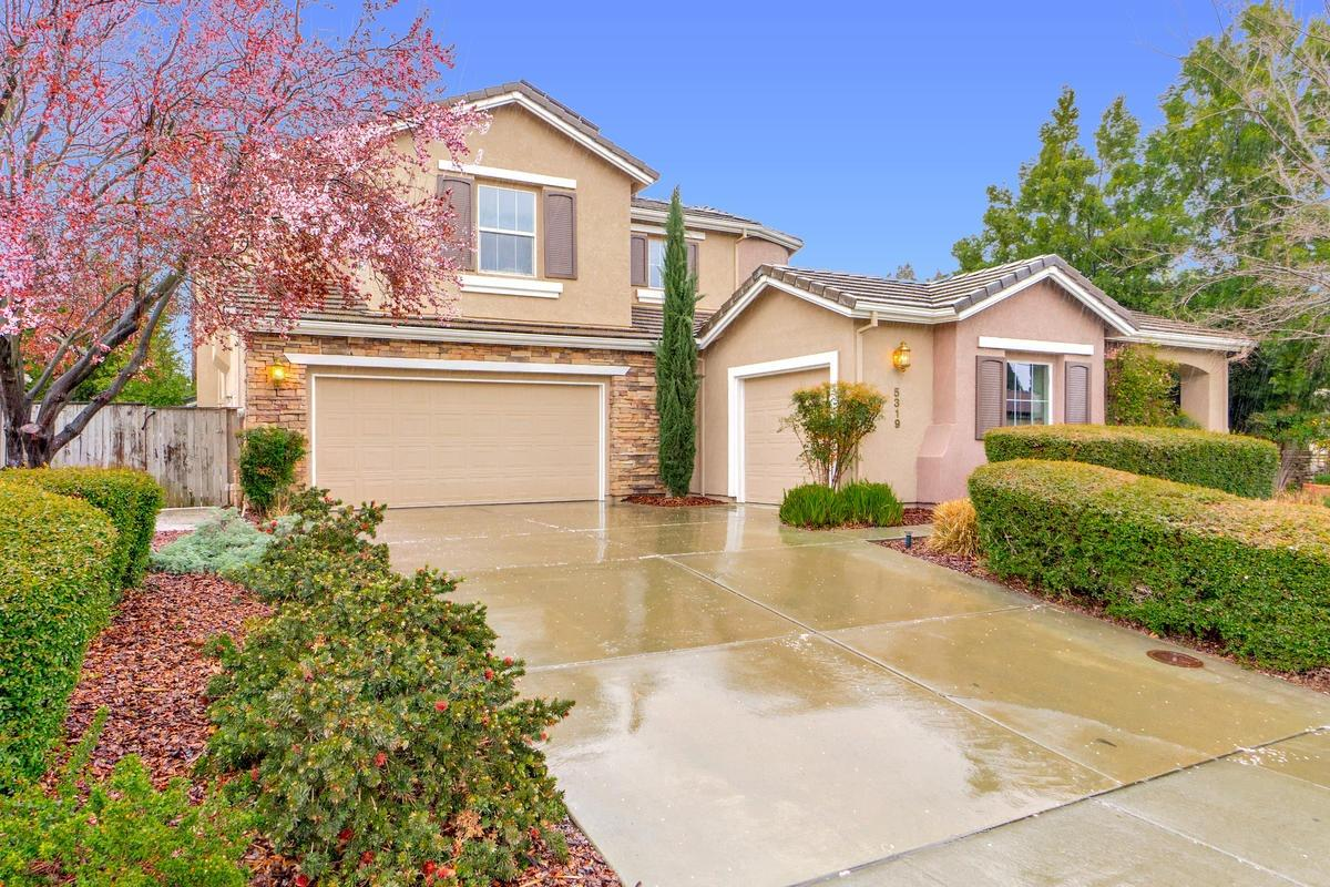 $995,000 - 5Br/4Ba -  for Sale in Davis