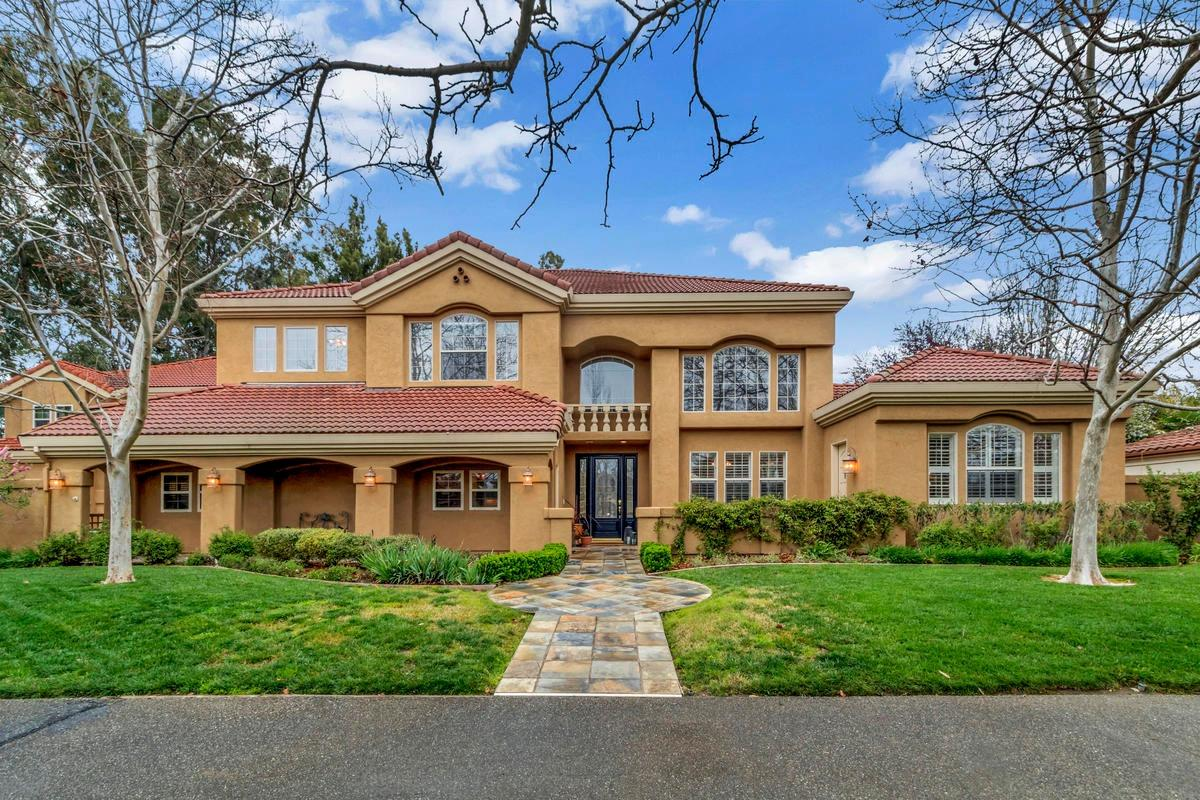$1,875,000 - 5Br/5Ba -  for Sale in North Davis Farms, Davis