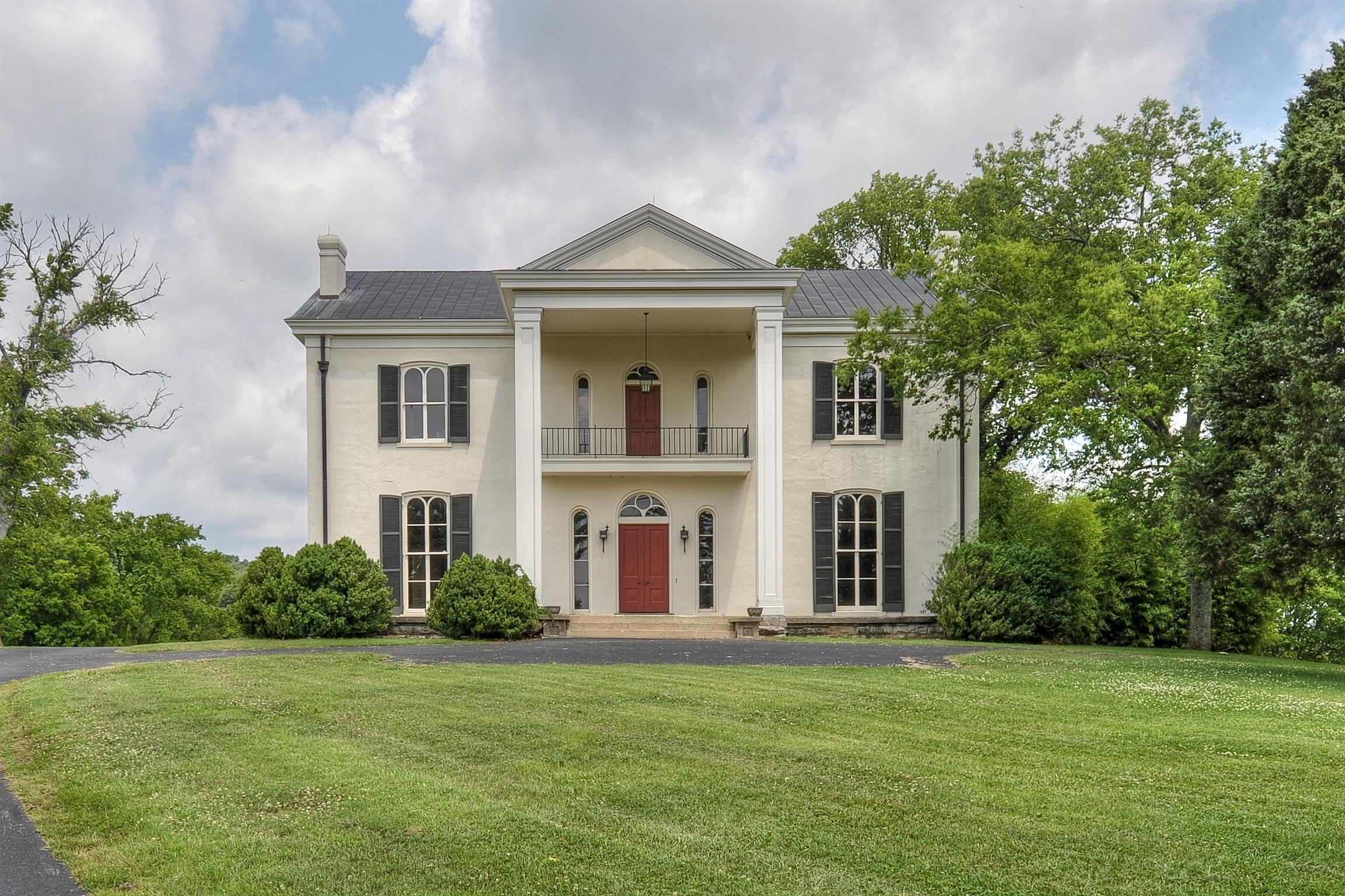 $18,500,000 - 3Br/4Ba -  for Sale in 622 Acres, Franklin