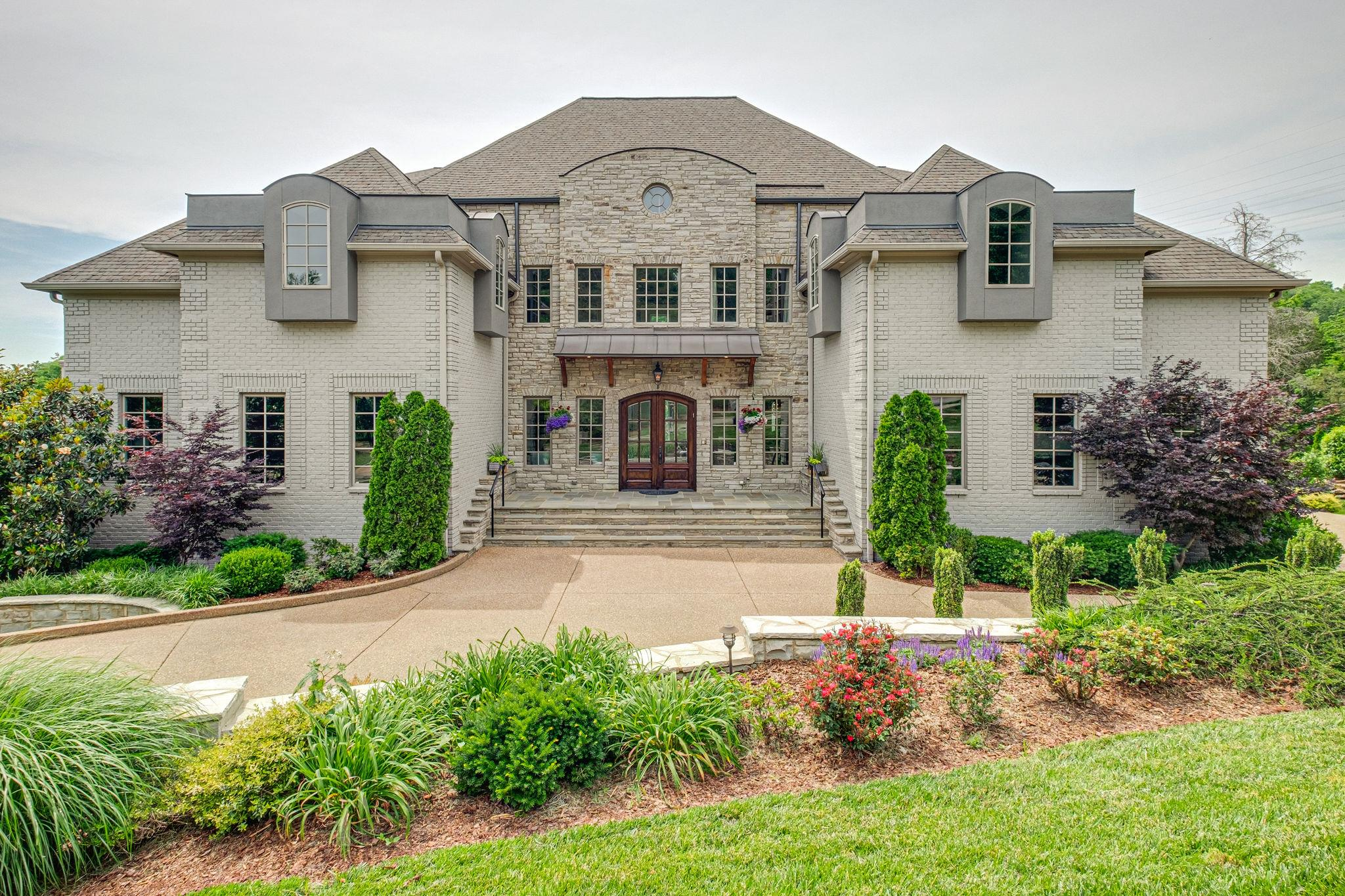 $2,399,000 - 5Br/8Ba -  for Sale in Richlands Woods, Brentwood