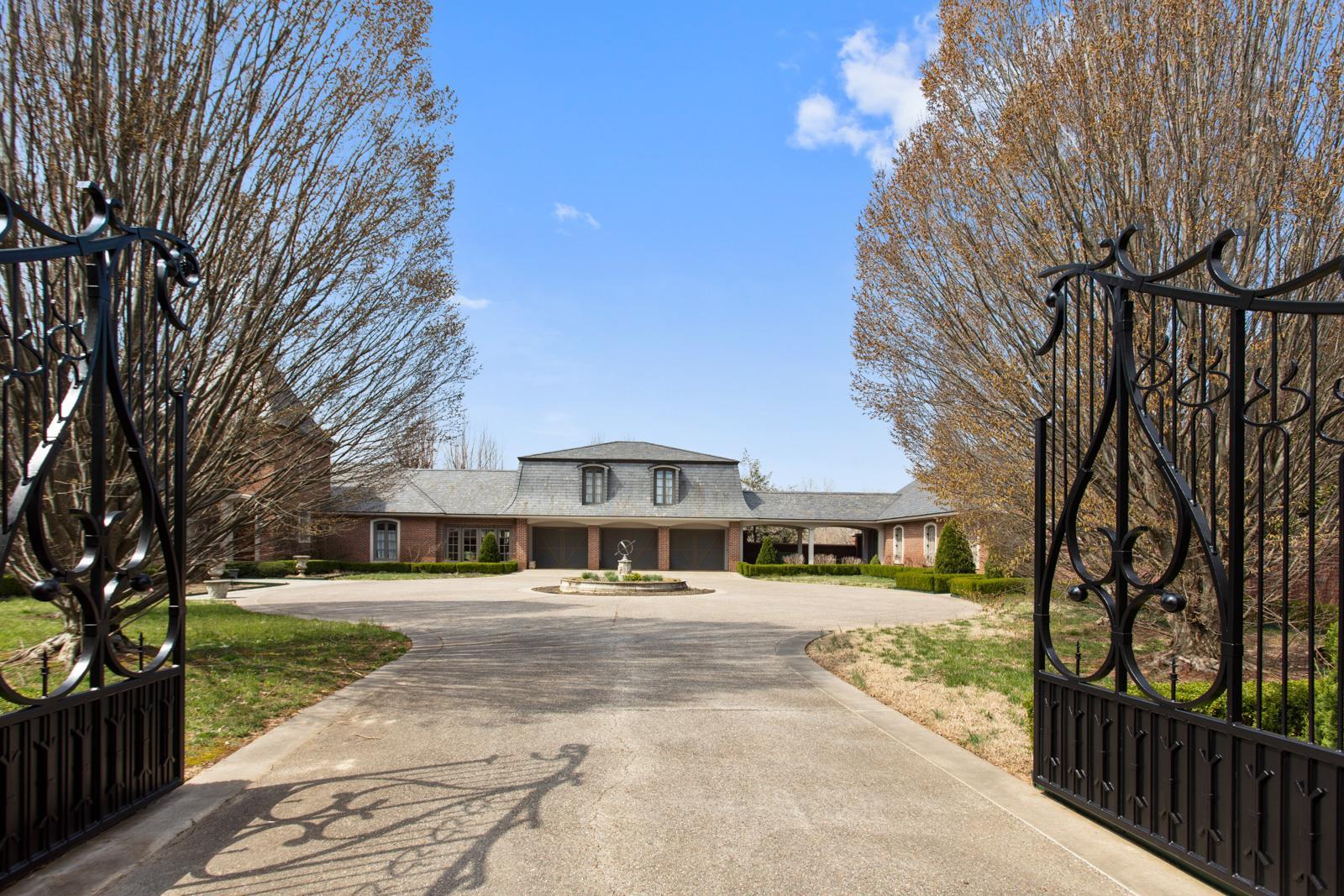 $5,300,000 - 4Br/5Ba -  for Sale in Roger Blackwood Survey, Springfield