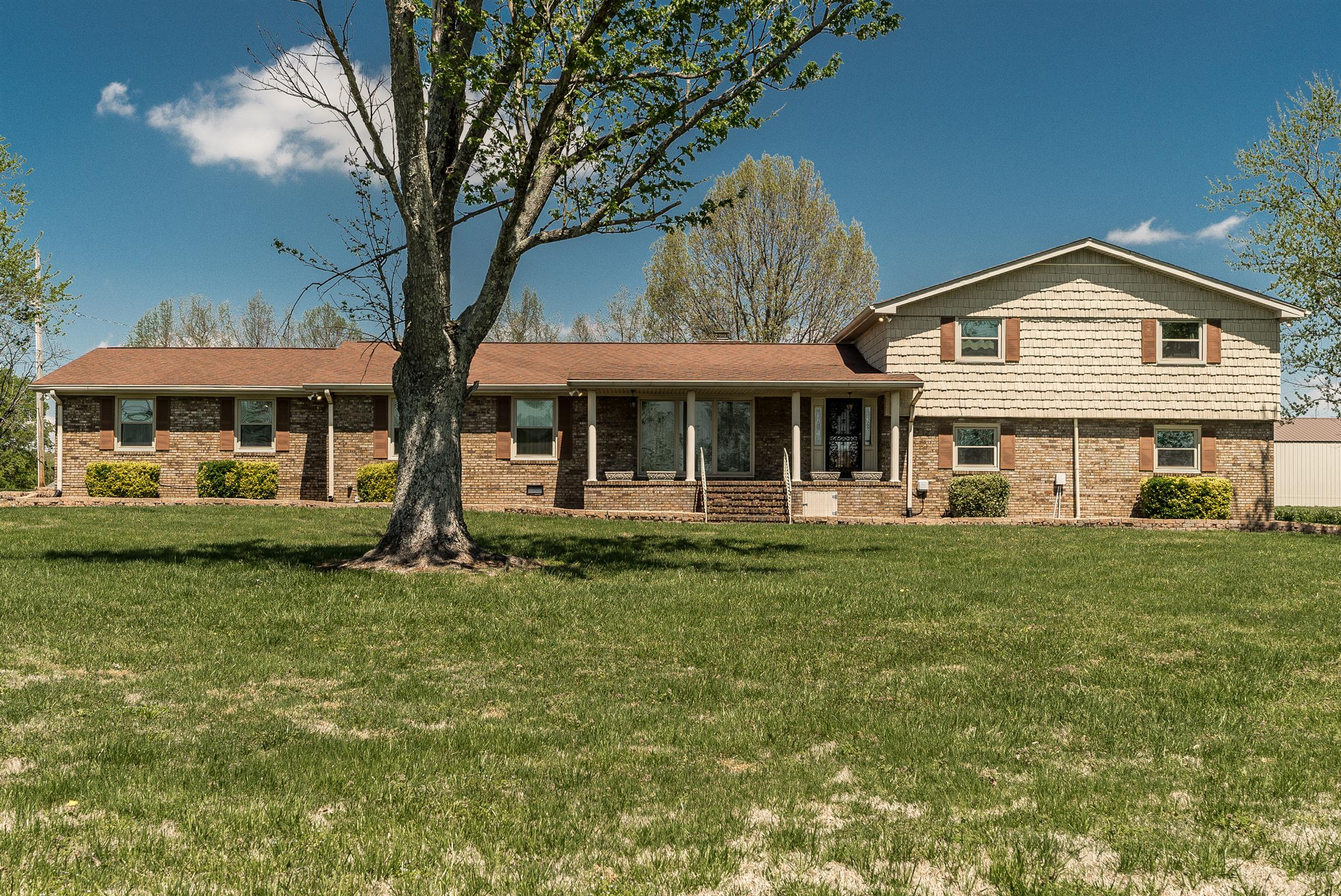 $467,500 - 6Br/5Ba -  for Sale in None, Goodlettsville