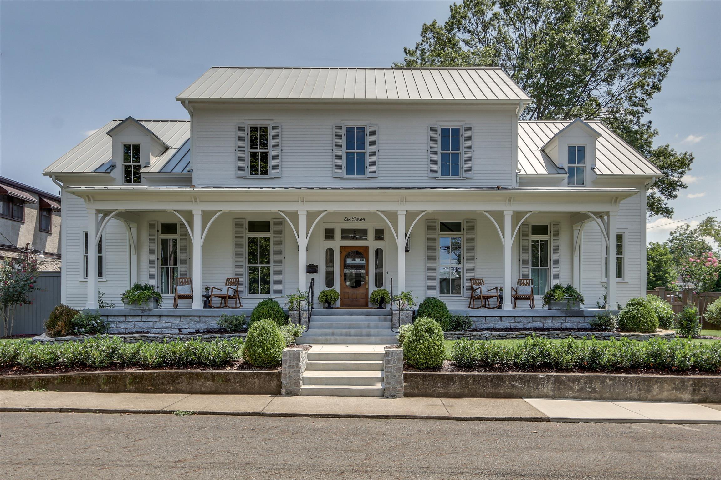 $2,762,000 - 6Br/7Ba -  for Sale in Historic Franklin, Franklin