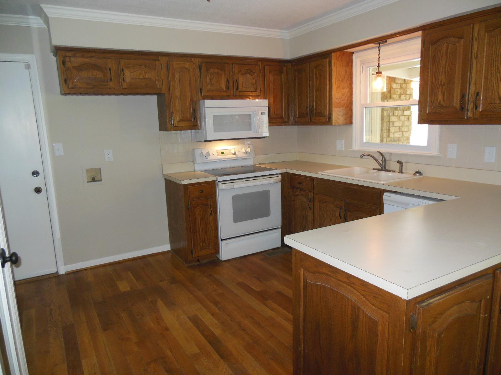 $370,000 - 5Br/3Ba -  for Sale in Horace L Riddle, Cedar Hill
