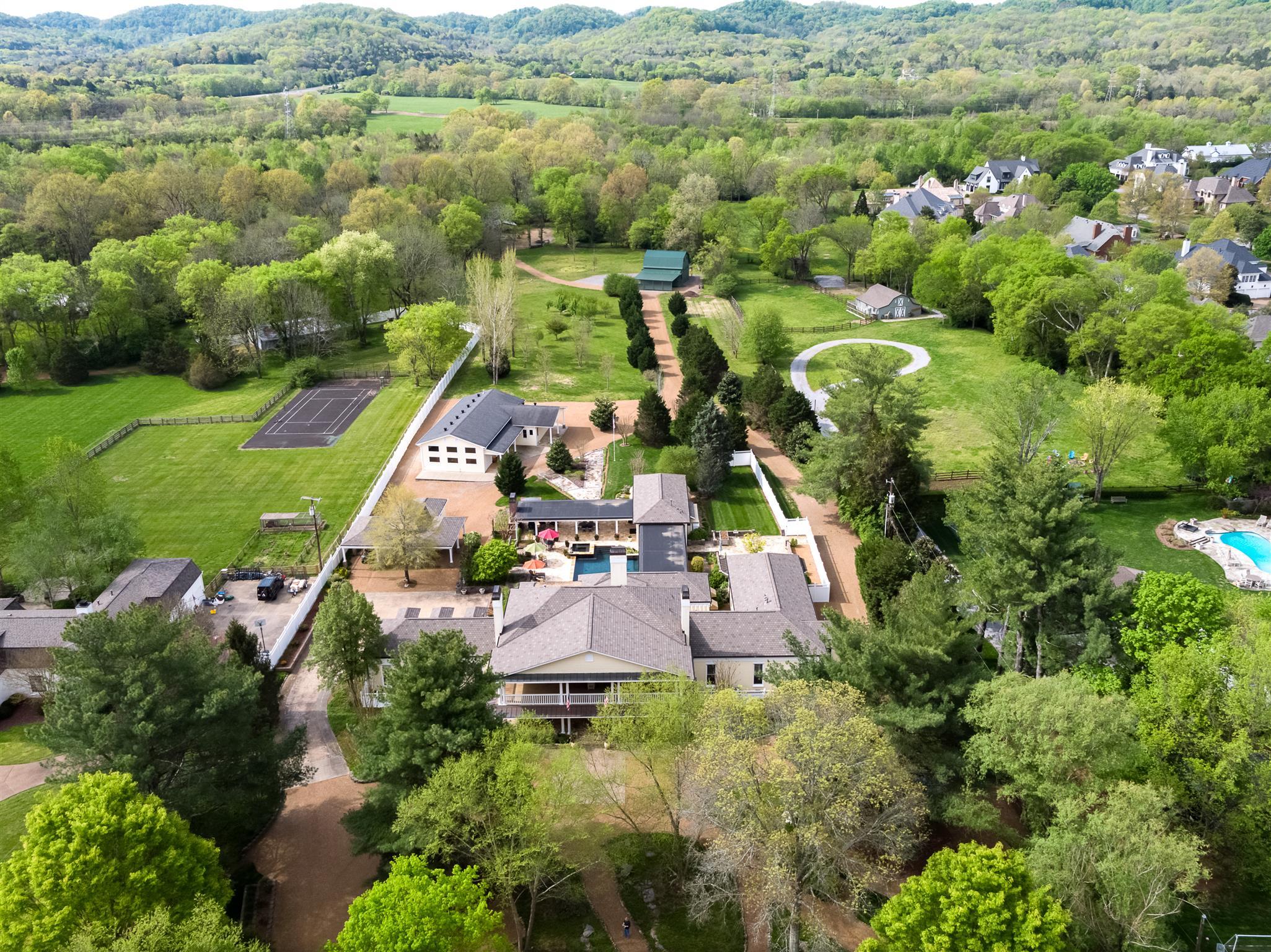 $3,549,000 - 6Br/8Ba -  for Sale in Green Hills, Nashville