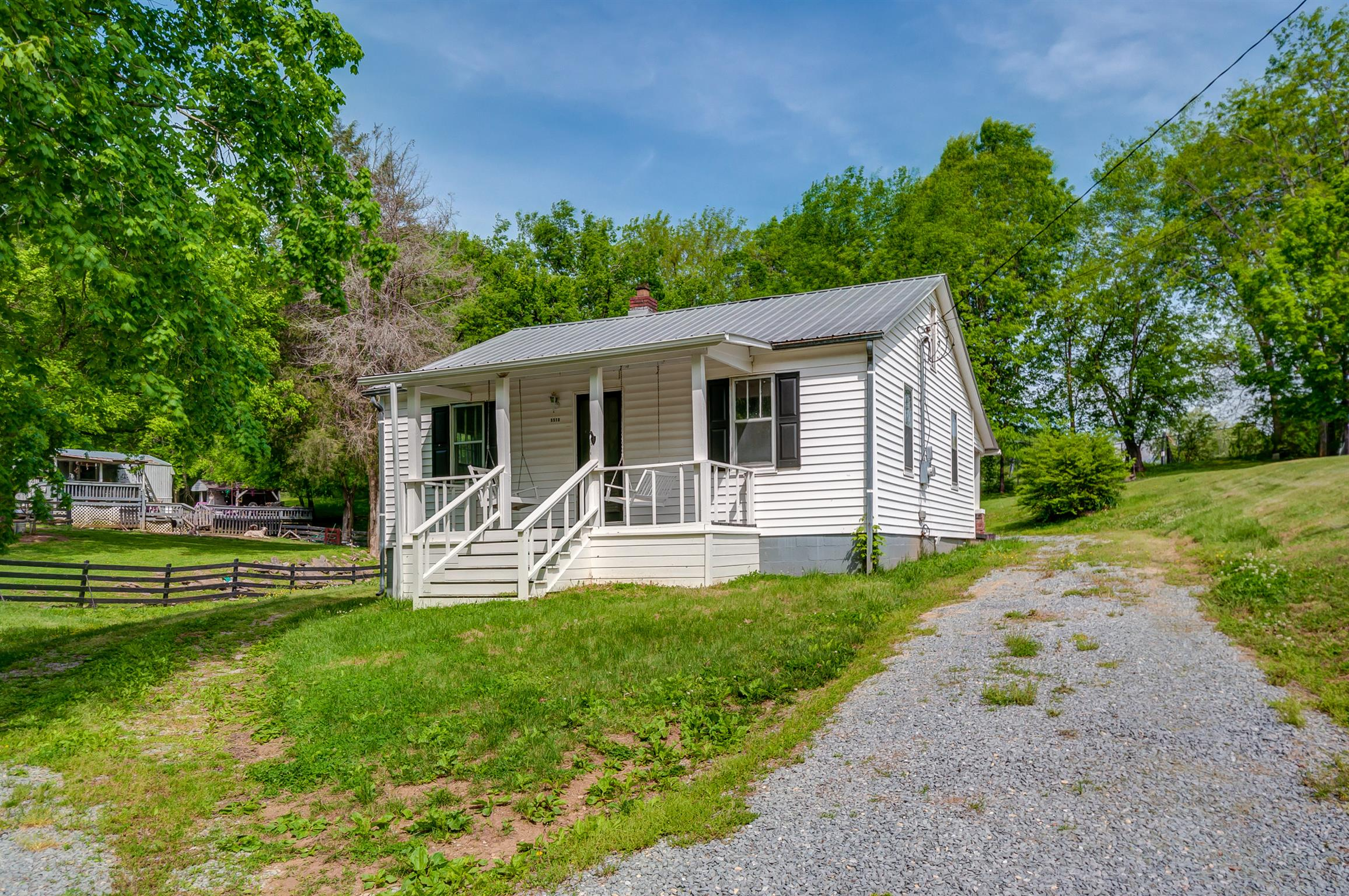 $359,000 - 2Br/1Ba -  for Sale in Leipers Fork, Franklin
