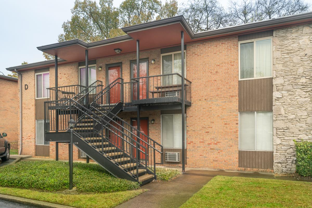 $156,900 - 1Br/1Ba -  for Sale in The Villager East, Nashville