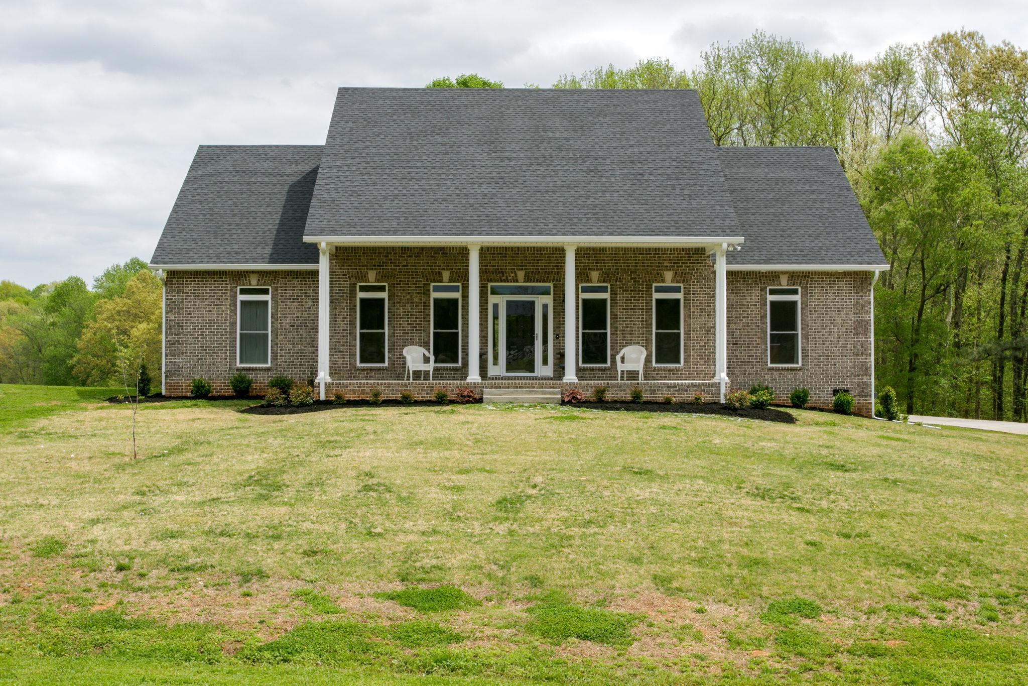 $659,900 - 3Br/3Ba -  for Sale in Na, Springfield