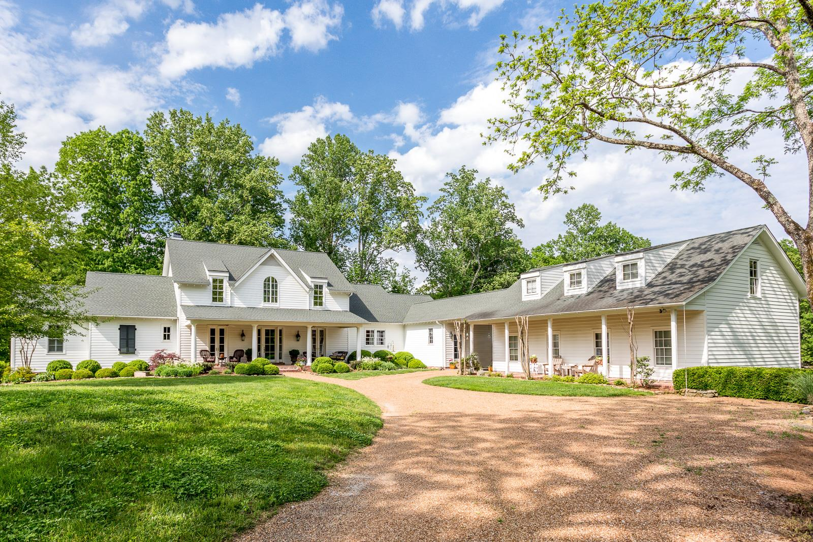 $3,700,000 - 4Br/6Ba -  for Sale in Leipers Fork, Franklin