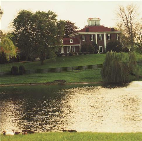 $3,900,000 - 5Br/4Ba -  for Sale in Historic Downtown Franklin, Franklin