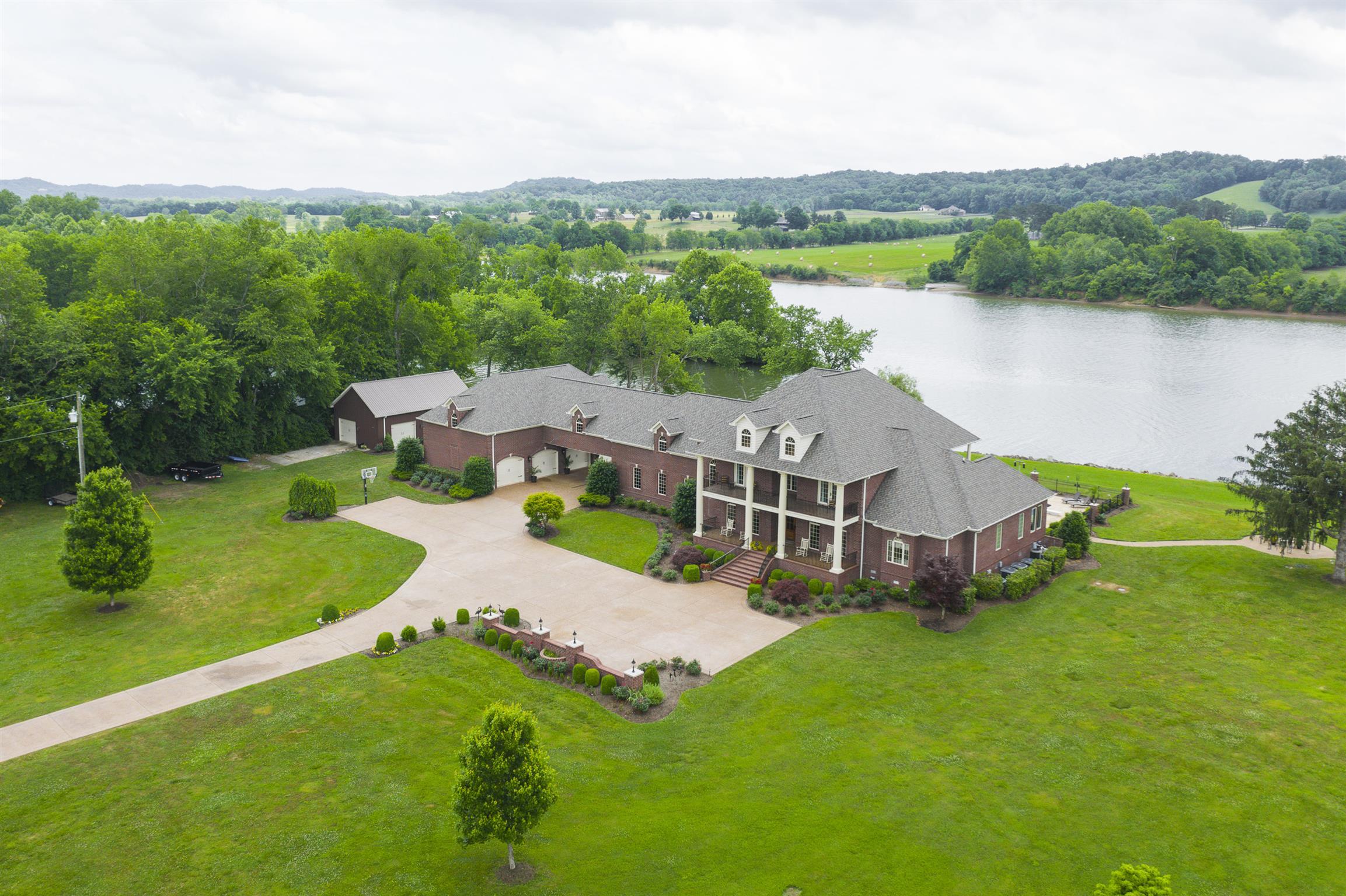 $2,899,000 - 4Br/6Ba -  for Sale in None, Nashville