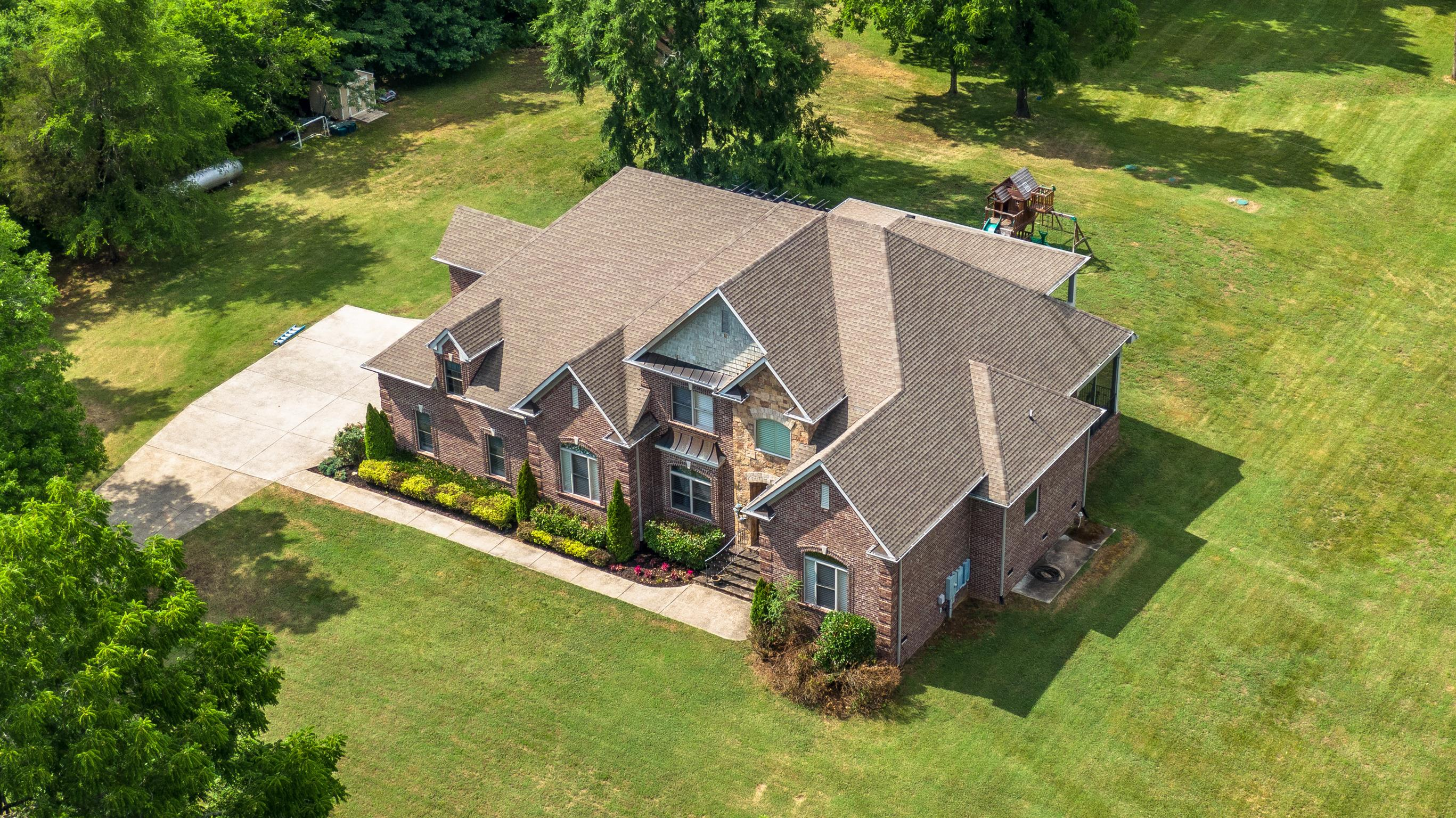 $1,149,500 - 4Br/4Ba -  for Sale in Happy Hollow Farms, Gallatin