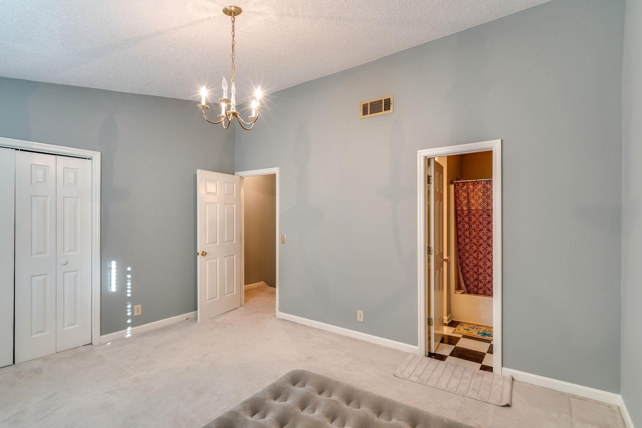$152,000 - 2Br/2Ba -  for Sale in Hickory Glade, Antioch