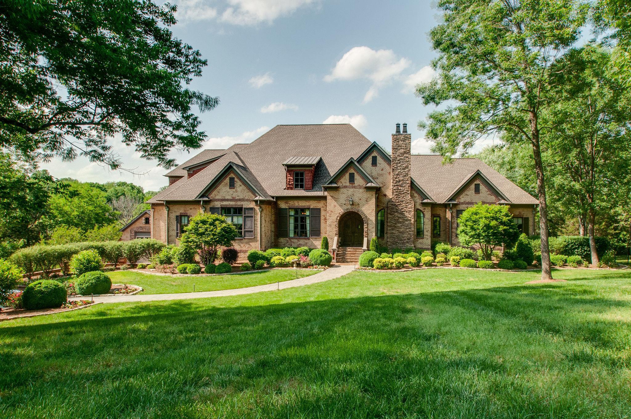 $2,900,000 - 8Br/10Ba -  for Sale in Between The Harpeths Sec 1, Nashville