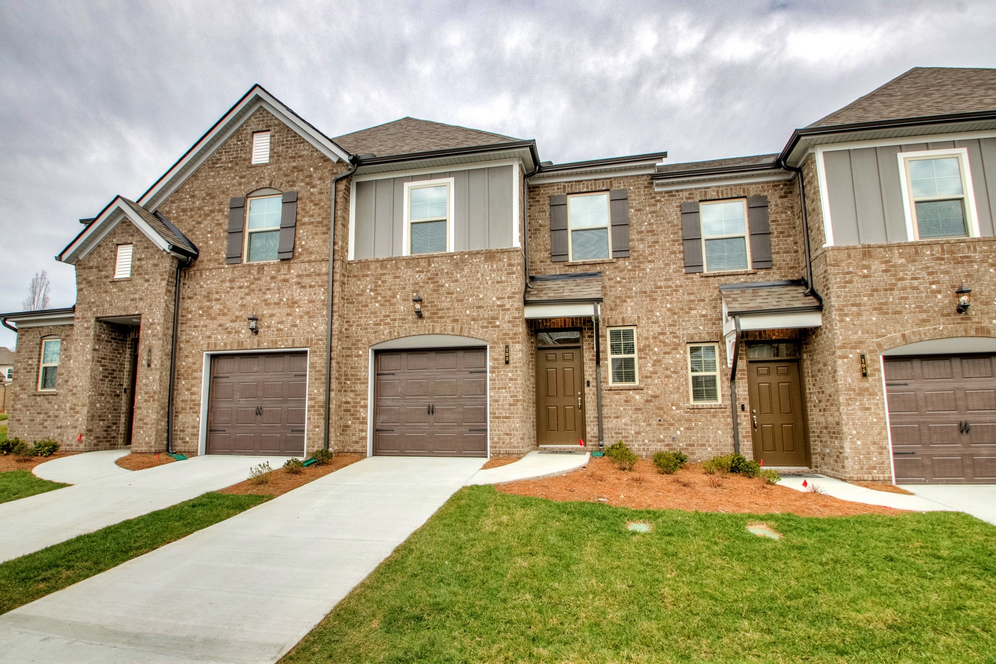 $244,990 - 3Br/3Ba -  for Sale in Holland Ridge Townhomes, Lebanon