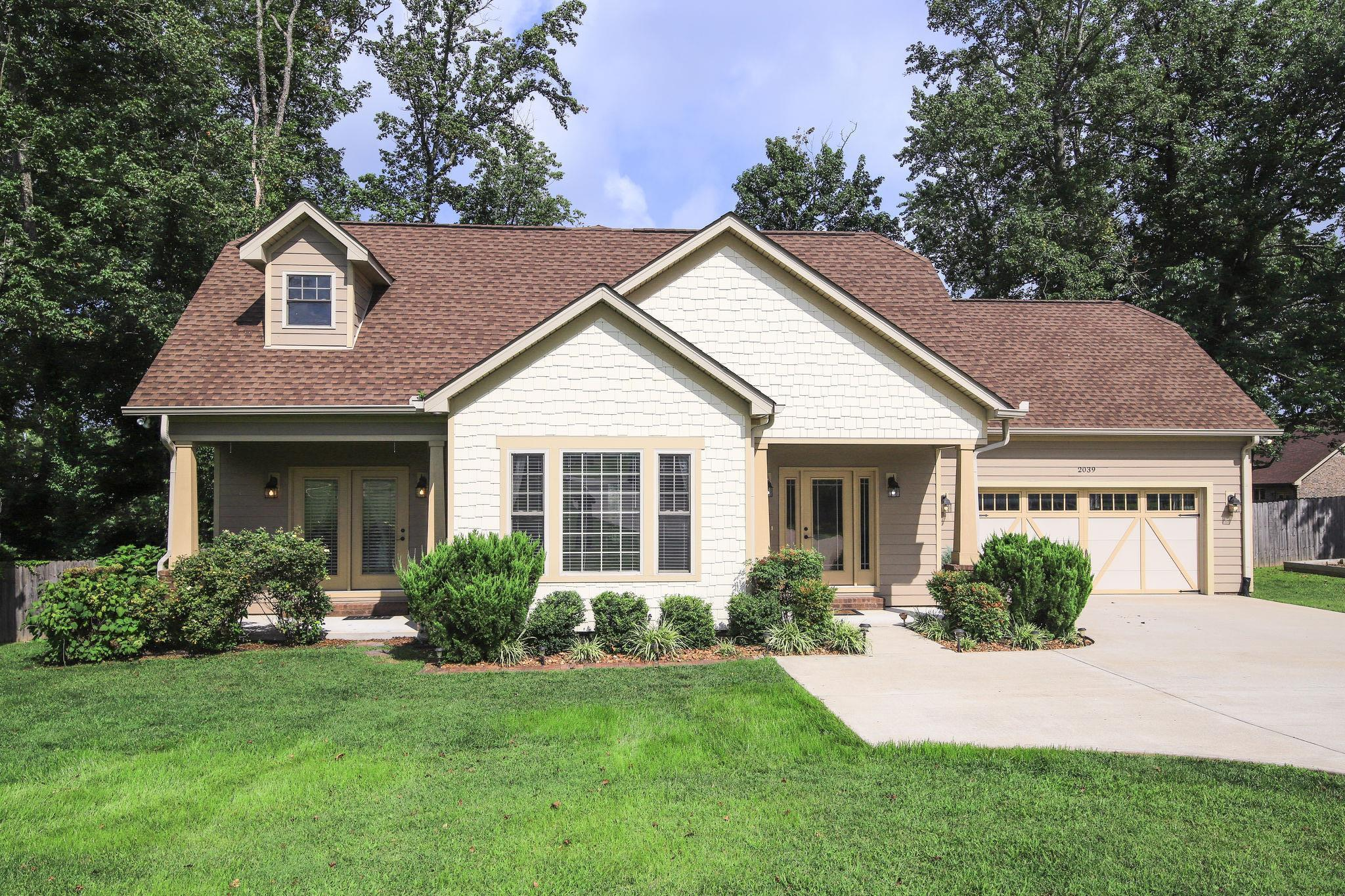 $299,900 - 3Br/3Ba -  for Sale in Ridgetop Station, Goodlettsville