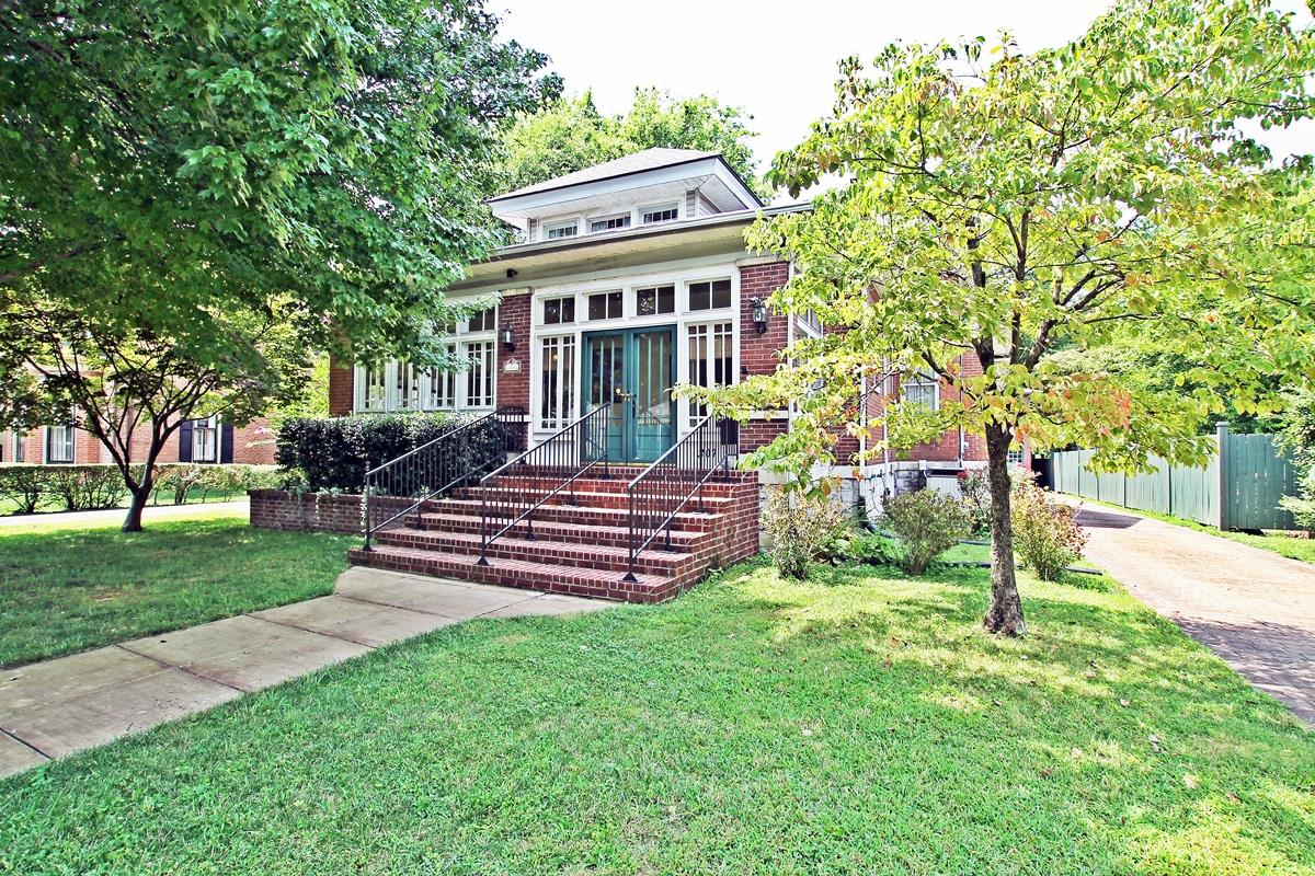 $435,000 - 5Br/2Ba -  for Sale in None, Springfield