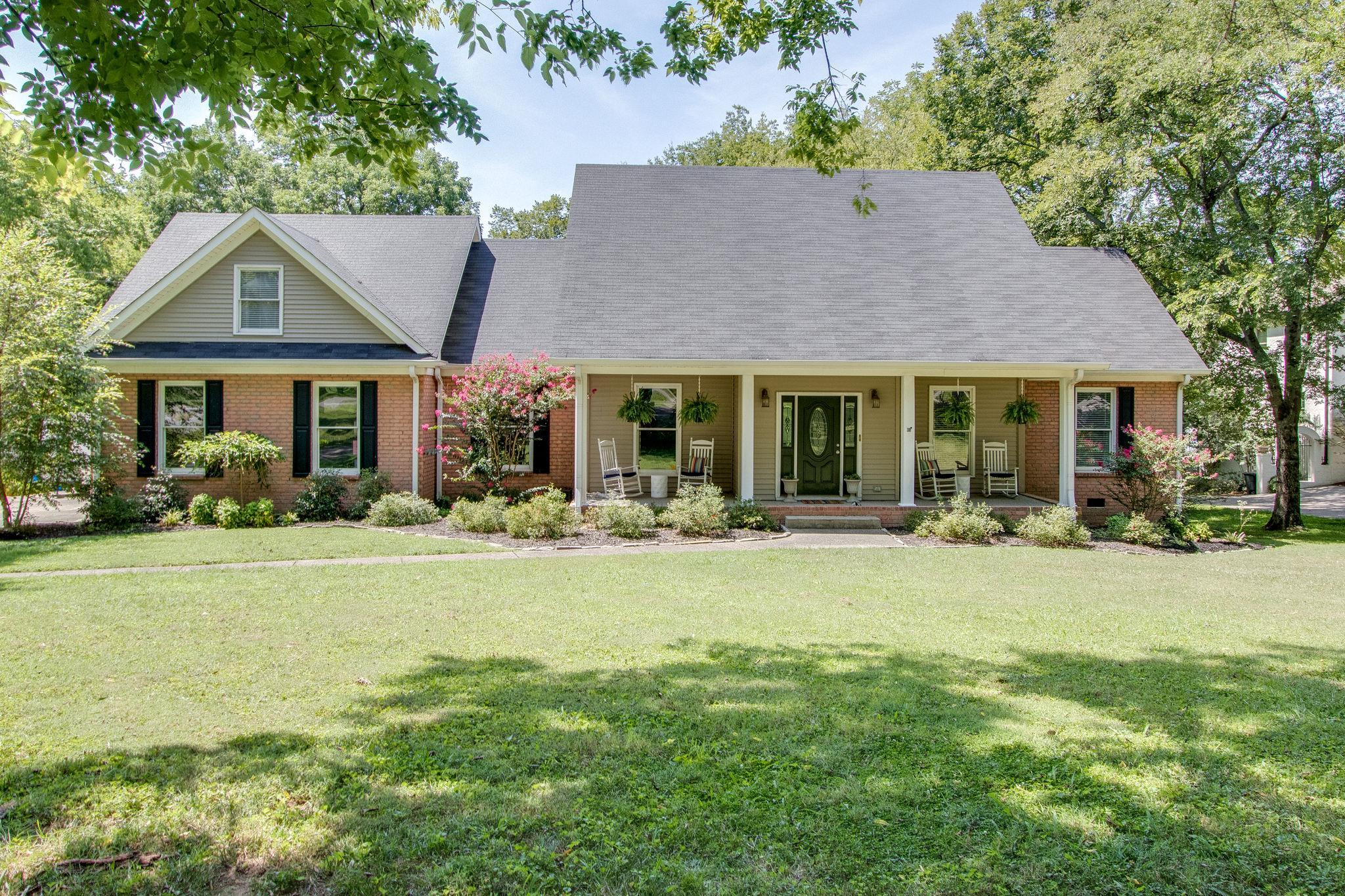$595,900 - 4Br/5Ba -  for Sale in Cherokee Woods Sec 7, Hendersonville