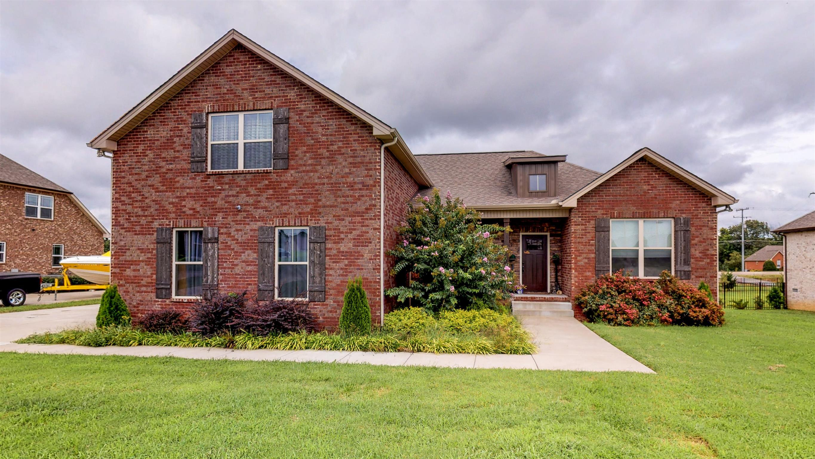 $349,900 - 3Br/2Ba -  for Sale in Westbrook Place Sec 1, Greenbrier