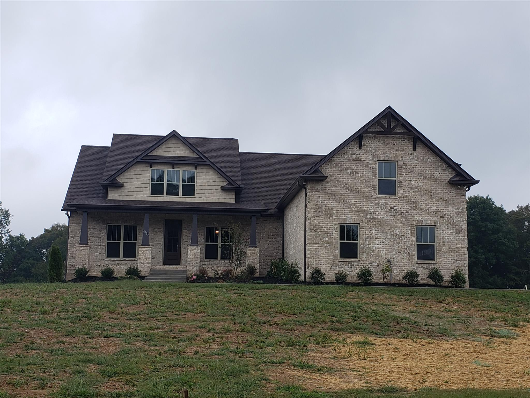$439,900 - 3Br/3Ba -  for Sale in Pebble Brook, Greenbrier
