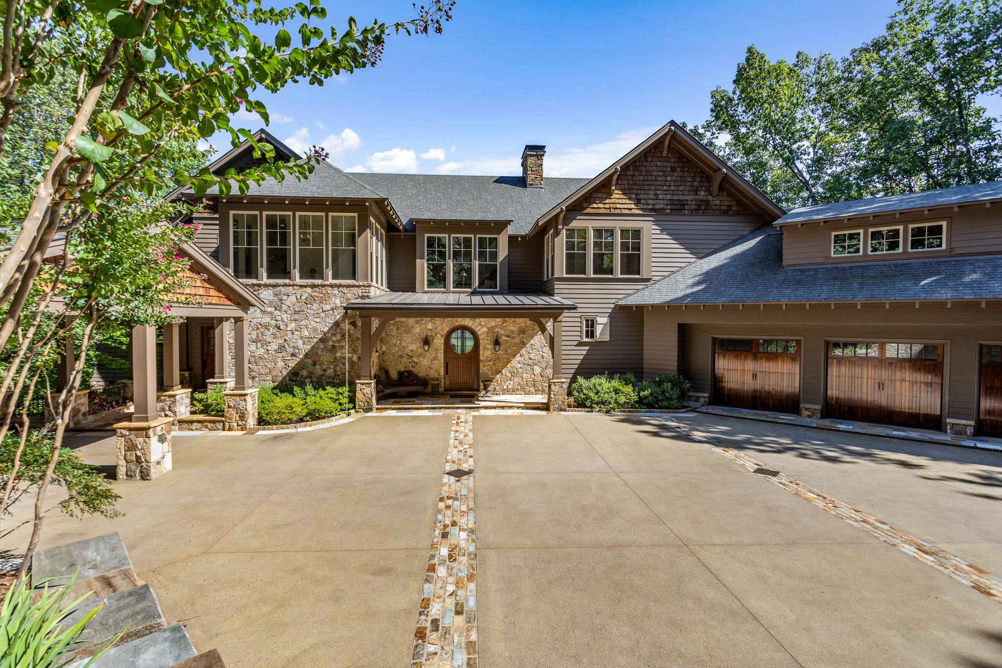 $4,400,000 - 4Br/6Ba -  for Sale in Forest Hills, Nashville