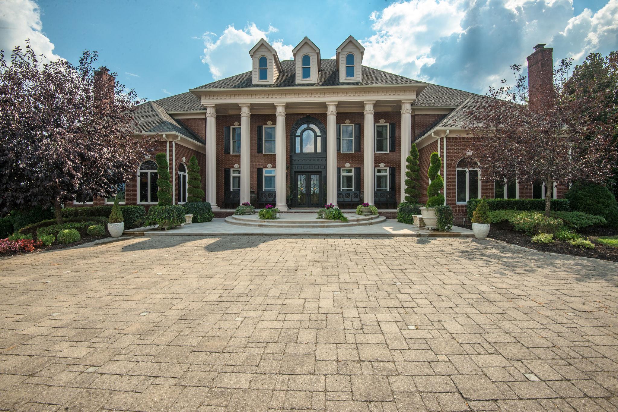 $8,999,000 - 6Br/8Ba -  for Sale in None, Franklin