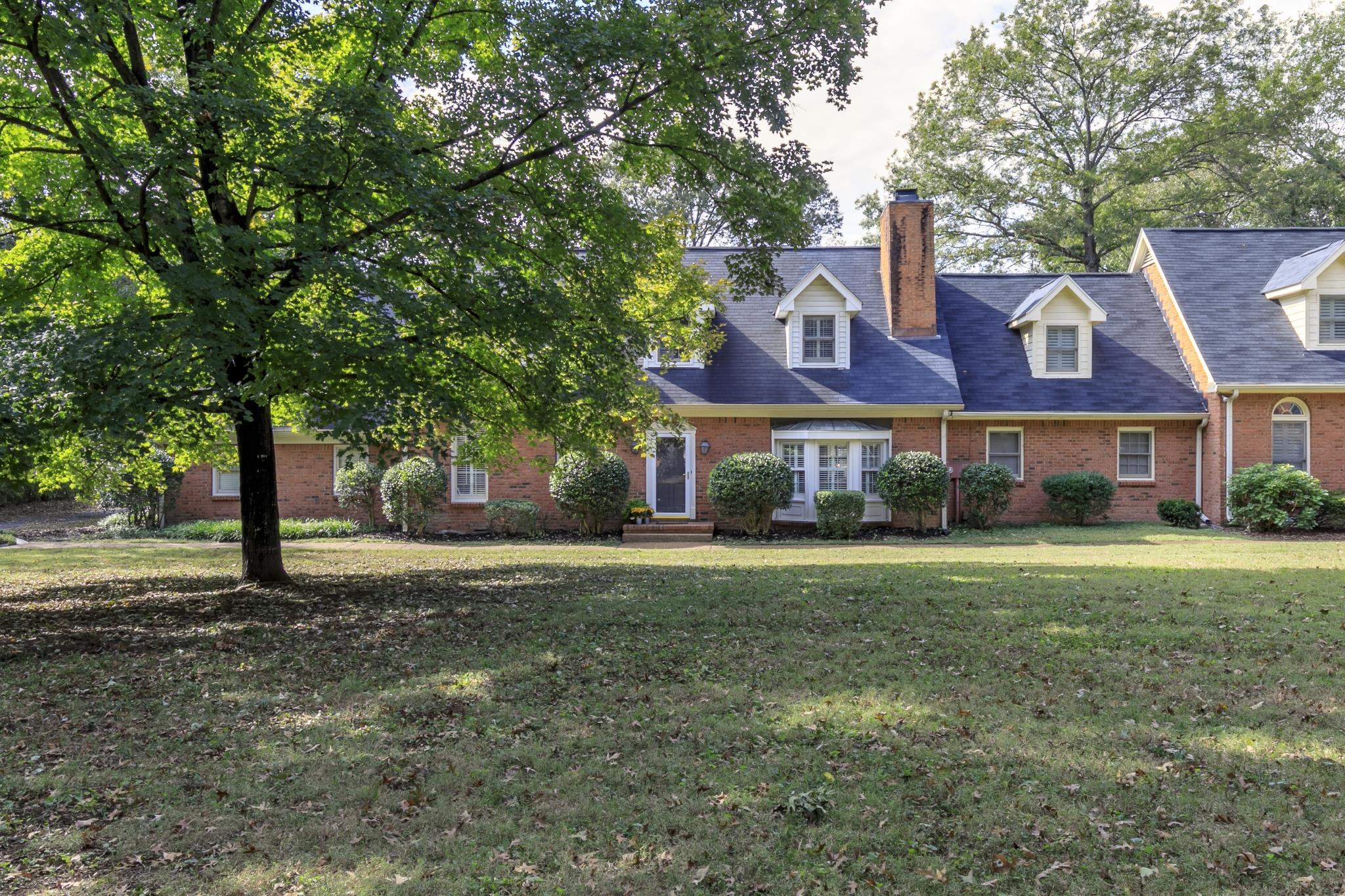 $530,000 - 3Br/3Ba -  for Sale in Lynnbrook Place, Nashville