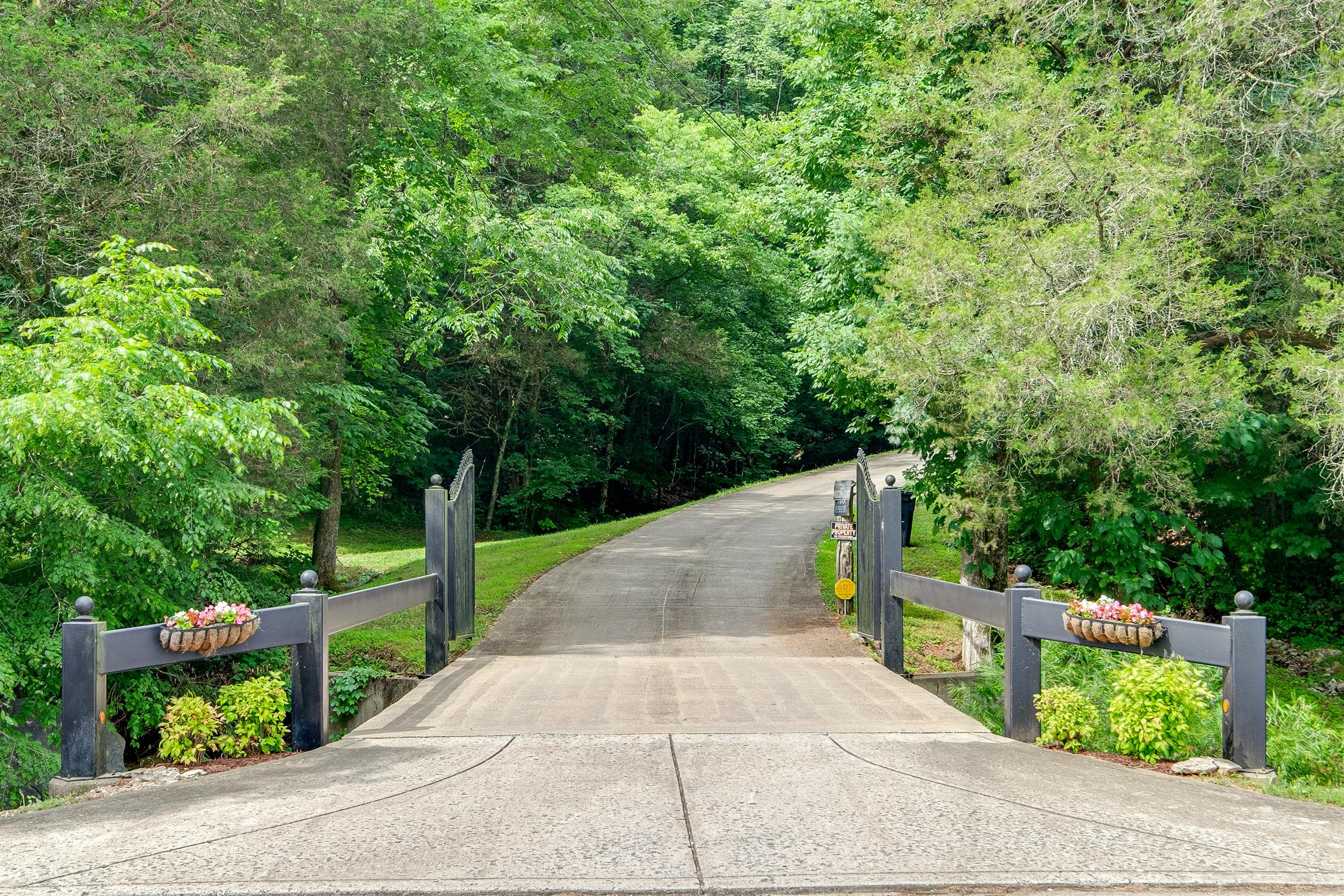 $790,000 - 3Br/4Ba -  for Sale in None, Goodlettsville