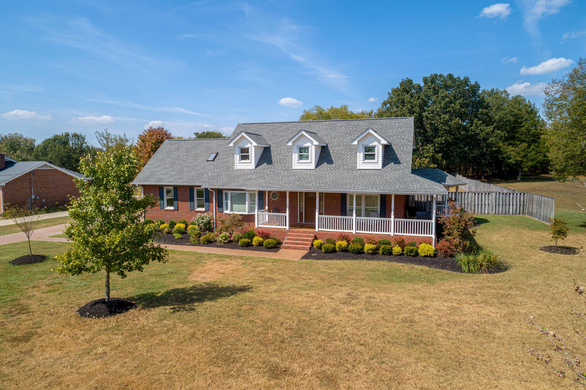 $379,900 - 3Br/2Ba -  for Sale in Southwinds, Hermitage