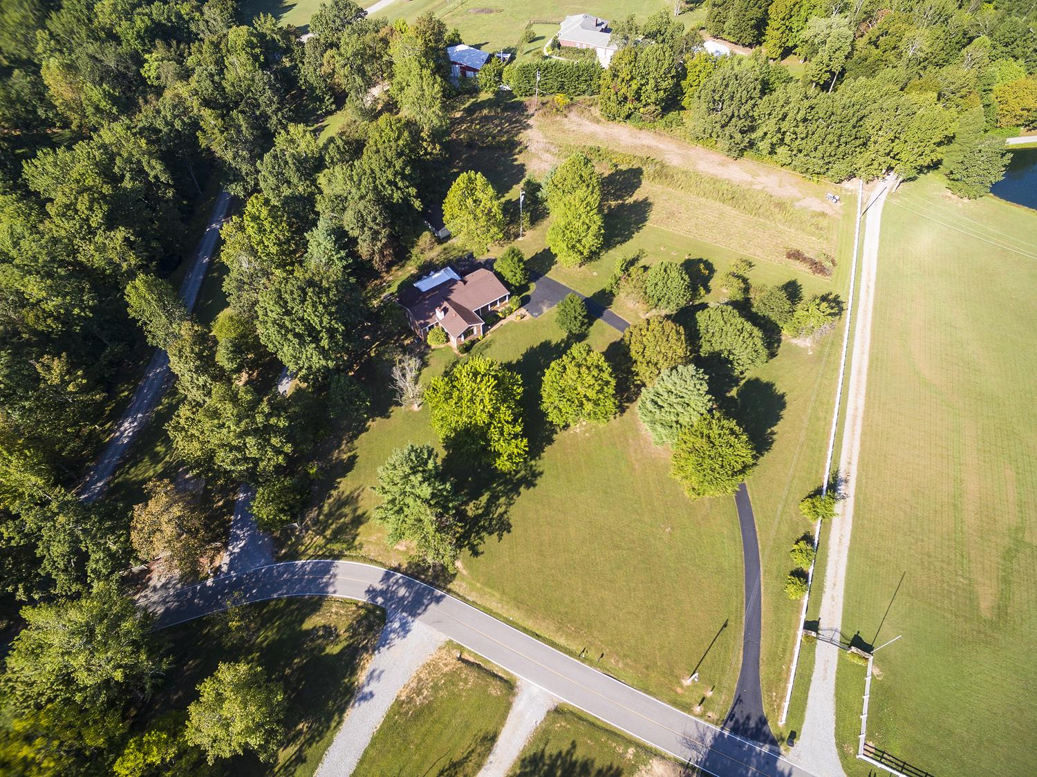 $369,000 - 3Br/3Ba -  for Sale in None, Goodlettsville